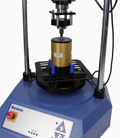 ASTM D7860-14 Standard test method for measurement of torque